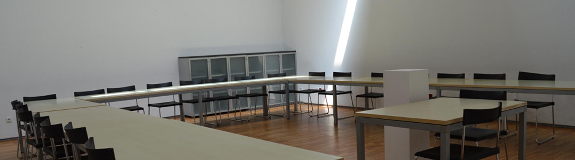 Espaço de estudo para alunos do Ensino Superior